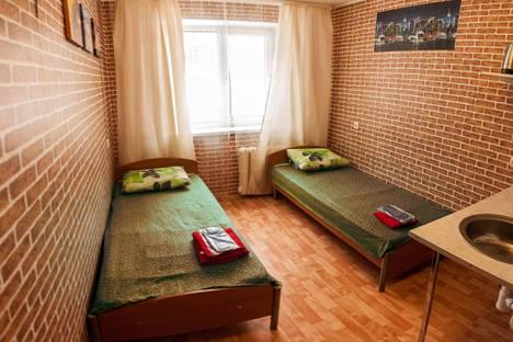 Сдается 1-комнатная квартира посуточнов Тюмени, Севастопольская улица, 17.