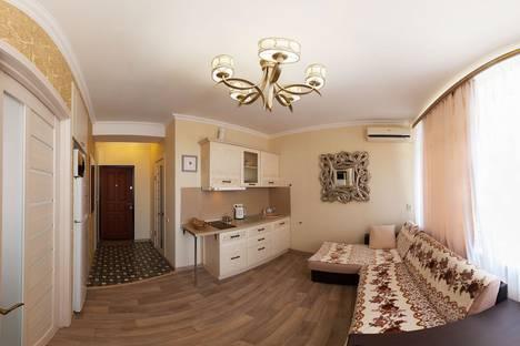 Сдается 1-комнатная квартира посуточно в Отрадном, Ялта, Морской спуск 9.
