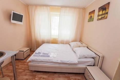Сдается 1-комнатная квартира посуточно в Тюмени, Севастопольская улица, 17.