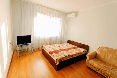 Сдается 1-комнатная квартира посуточнов Тюмени, улица Максима Горького, 83.
