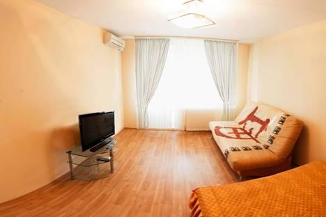 Сдается 1-комнатная квартира посуточно в Тюмени, улица Пермякова 72/1.