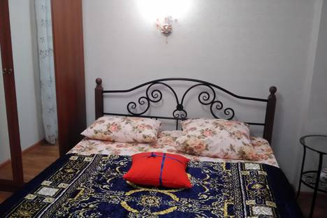 Сдается 2-комнатная квартира посуточно в Кисловодске, ул. Красноармейская, 3.