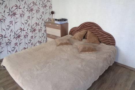 Сдается 1-комнатная квартира посуточно в Саяногорске, ул. Успенского дом 8.