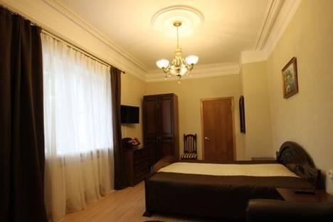 Сдается 3-комнатная квартира посуточно в Пятигорске, улица Анисимова, 8.