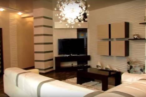Сдается 1-комнатная квартира посуточнов Екатеринбурге, улица Челюскинцев, 21.