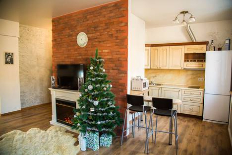 Сдается 2-комнатная квартира посуточново Владивостоке, улица Светланская 73.