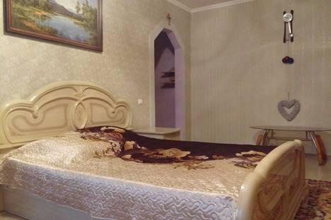 Сдается 1-комнатная квартира посуточно в Уральске, Мухита 134.