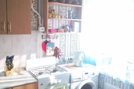 Сдается 1-комнатная квартира посуточно в Яровом, Квартал А дом 10.