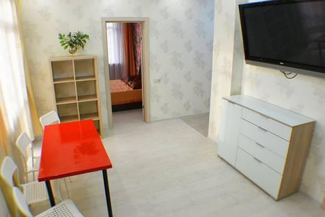 Сдается 3-комнатная квартира посуточнов Гагре, Адлерский, улица Ружейная, 37.