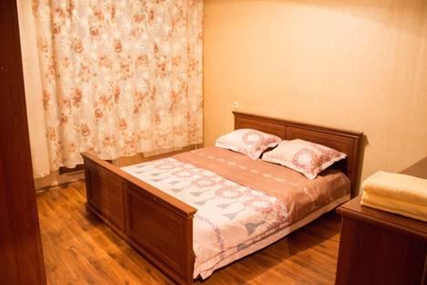 Сдается 2-комнатная квартира посуточно, улица Сатпаева 62.