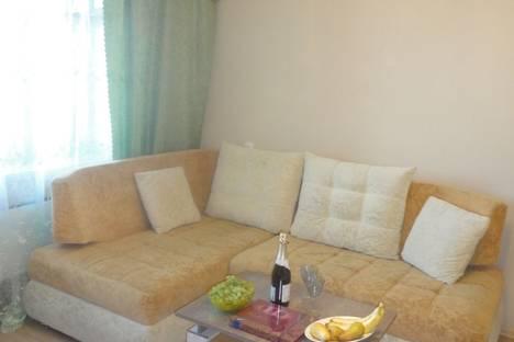Сдается 1-комнатная квартира посуточнов Рыбинске, улица Фурманова, 9.