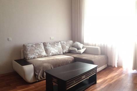 Сдается 1-комнатная квартира посуточнов Юбилейном, Юбилейный, проспект Королева, 7.