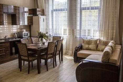 Сдается 2-комнатная квартира посуточно в Кисловодске, улица Чкалова, 75.