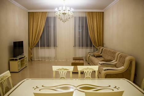 Сдается 3-комнатная квартира посуточно в Кисловодске, улица Чкалова 75.