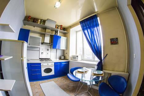 Сдается 1-комнатная квартира посуточно в Омске, улица Масленникова, 9.