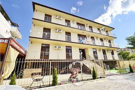 Сдается комната посуточно в Витязеве, Приморский переулок 26а.