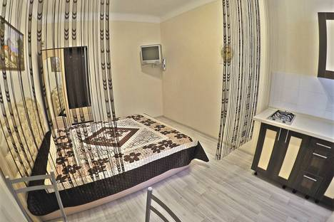 Сдается 1-комнатная квартира посуточнов Никите, 11 улица Среднеслободская.