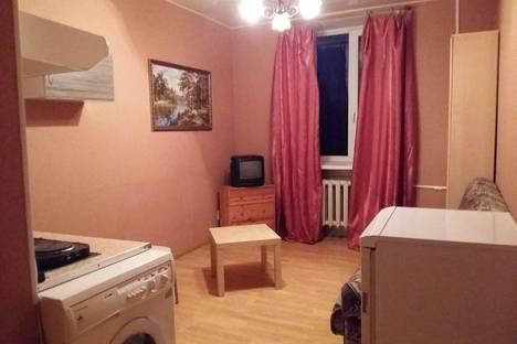 Сдается 1-комнатная квартира посуточново Всеволожске, Свнкт Петербург Андреевская улица 3.
