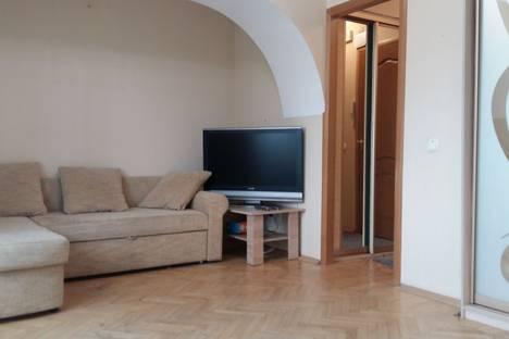 Сдается 2-комнатная квартира посуточно в Москве, улица Первомайская, 82.