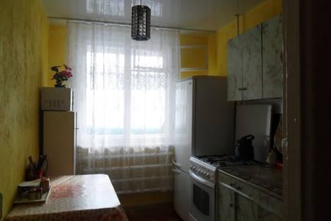 Сдается 2-комнатная квартира посуточно в Яровом, квартал A д.38.