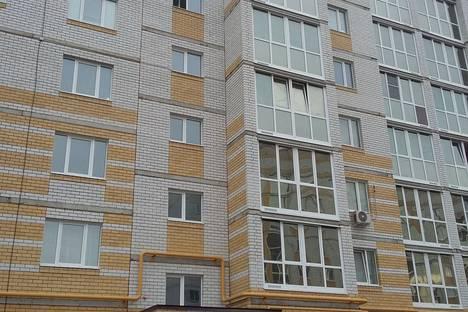 Сдается 1-комнатная квартира посуточнов Лисках, улица Титова, 26.
