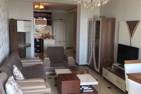 Сдается 2-комнатная квартира посуточно в Баку, Aliyar Aliyev 8, Block 3, apartment 281.