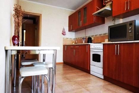Сдается 1-комнатная квартира посуточно в Саратове, улица Чернышевского, 4.