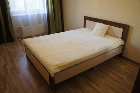 Сдается 2-комнатная квартира посуточнов Омске, бульвар Архитекторов 4/1.