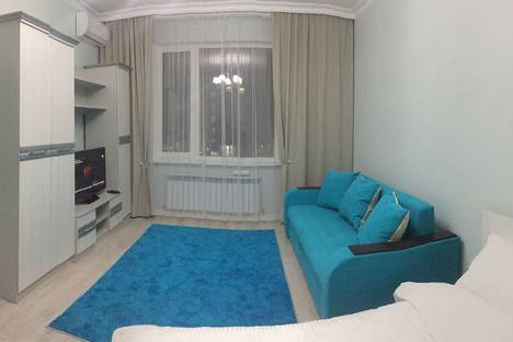 Сдается 1-комнатная квартира посуточно, Кабанбай батыра, 58б.