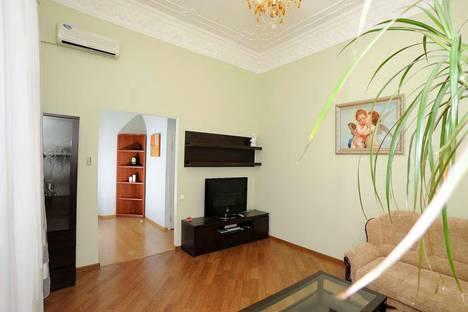 Сдается 2-комнатная квартира посуточнов Сочи, ул. Кубанская, 8.
