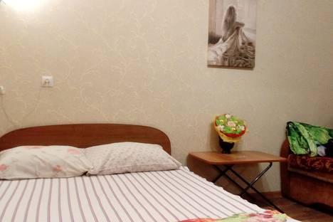 Сдается 1-комнатная квартира посуточно в Дзержинске, улица Петрищева, 14.