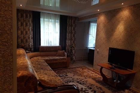 Сдается 2-комнатная квартира посуточно в Бишкеке, 54 улица Шакирова.