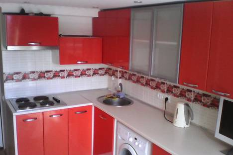 Сдается 2-комнатная квартира посуточно в Гаспре, ул Лесная 2.