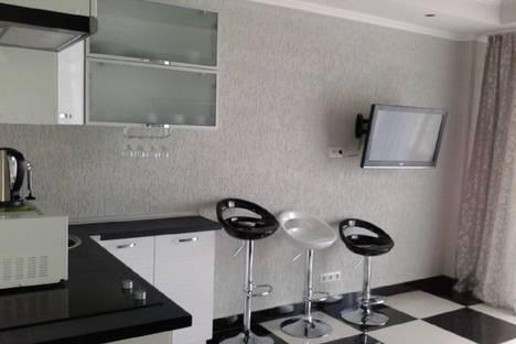 Сдается 1-комнатная квартира посуточно в Гаспре, Крым,69 улица Маратовская.