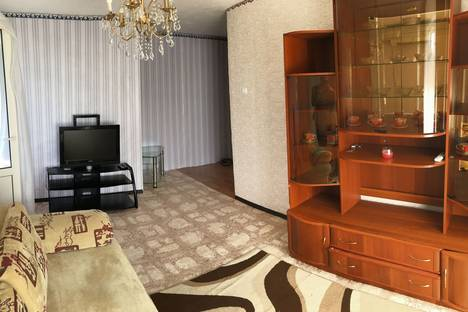 Сдается 2-комнатная квартира посуточно в Ейске, Седина 53/2.