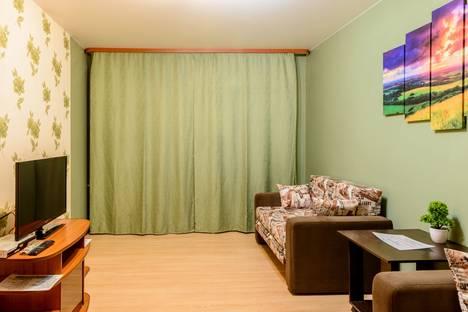 Сдается 2-комнатная квартира посуточнов Воркуте, улица Ломоносова, 9.