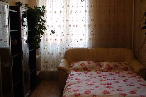 Сдается 1-комнатная квартира посуточно в Октябрьском, Люберецкий район,улица 60 лет Победы.