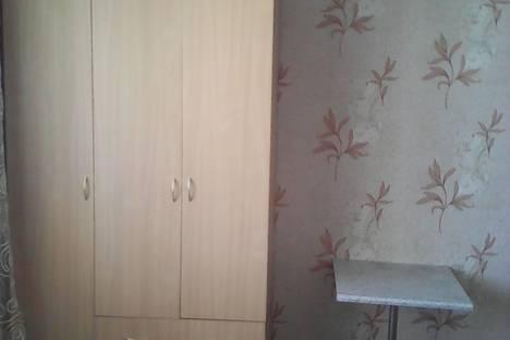 Сдается 1-комнатная квартира посуточнов Омске, улица Дмитриева, 15/6.