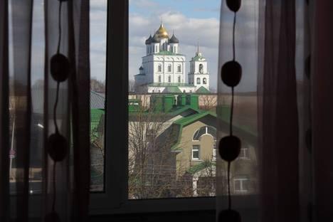 Сдается 1-комнатная квартира посуточнов Пскове, улица Максима Горького, 19.
