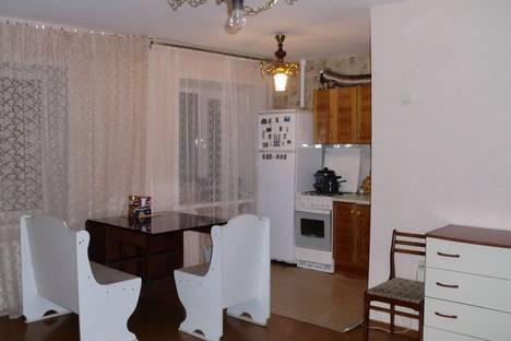 Сдается 2-комнатная квартира посуточно в Пензе, проспект Победы, 12.