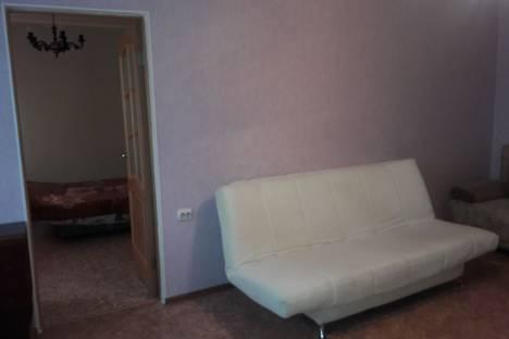 Сдается 2-комнатная квартира посуточно в Орске, Краматорская улица, 10Б.