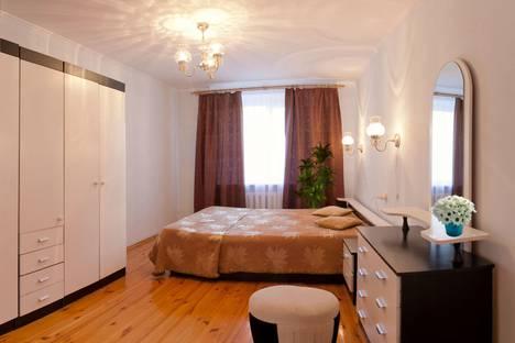 Сдается 3-комнатная квартира посуточно в Тюмени, улица Флотская, 54.