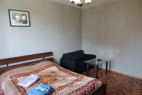 Сдается 1-комнатная квартира посуточнов Санкт-Петербурге, Ленинградская область, Кудрово, Ленинградская улица, 5.