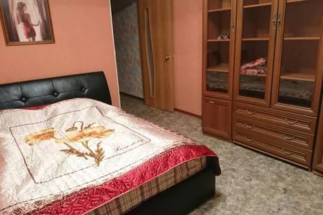 Сдается 2-комнатная квартира посуточно в Кировске, Олимпийская улица д. 26.