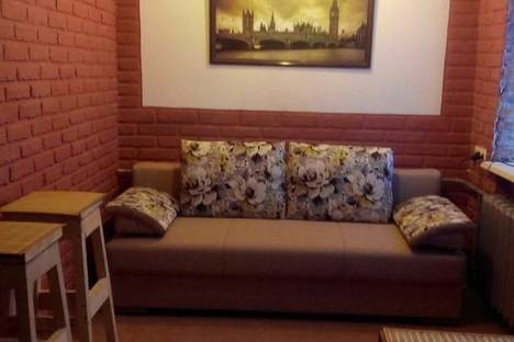 Сдается 1-комнатная квартира посуточно в Апатитах, Фестивальная улица, 13.