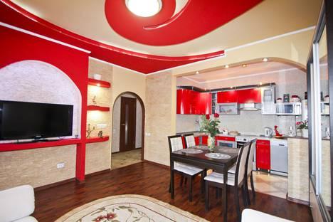 Сдается 2-комнатная квартира посуточно в Сургуте, Восточный, Иосифа Каролинского 8.
