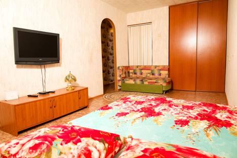 Сдается 1-комнатная квартира посуточно в Нижнекамске, ❤ улица 50 лет Октября, 11❤.