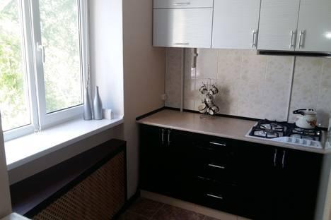Сдается 1-комнатная квартира посуточно в Керчи, ул.Ульяновых 3а.