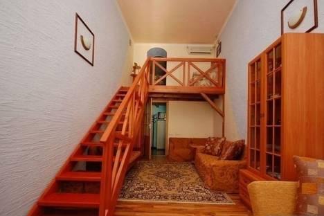 Сдается 3-комнатная квартира посуточно в Евпатории, ул. Революции, 42/3.