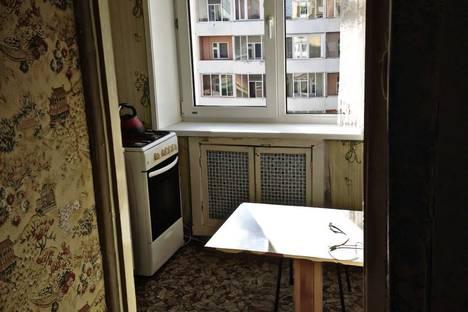 Сдается 1-комнатная квартира посуточнов Якутске, Октябрьская 19/1.